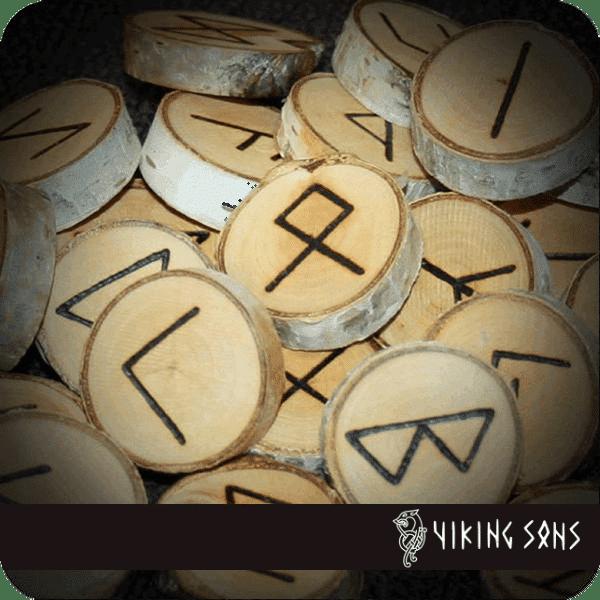Runenset aus Birke